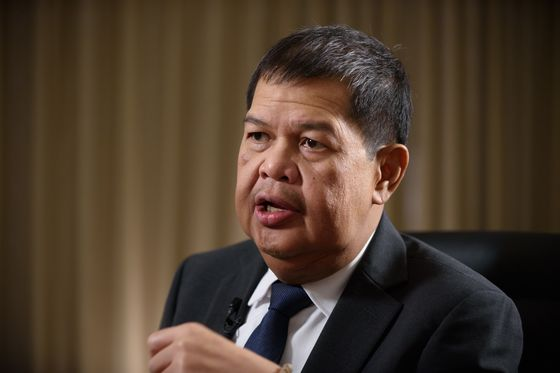 Search Is On for the Next Philippines Central Bank Governor