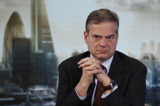 SocGen, Santander Denounce Dividend Ban as ECB Weighs Fallout