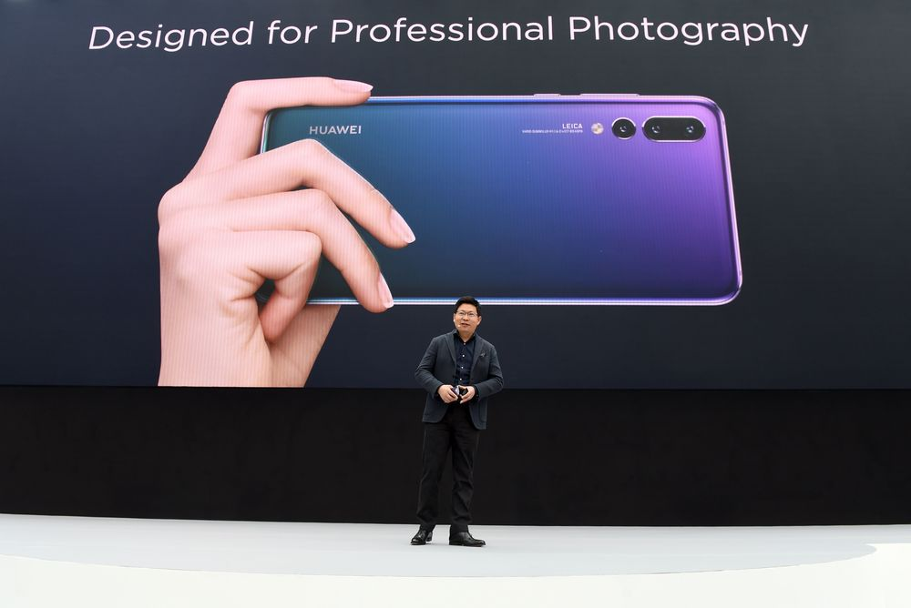 Another Reason U S  Fears Huawei: Its Gear Works and It's Cheap