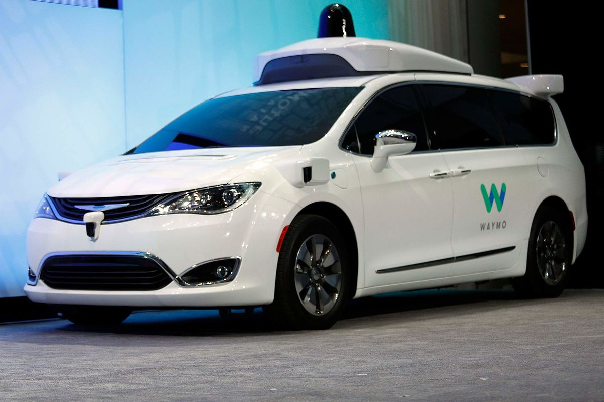 Alphabet Inks Deal for Avis to Manage Self-Driving Car Fleet