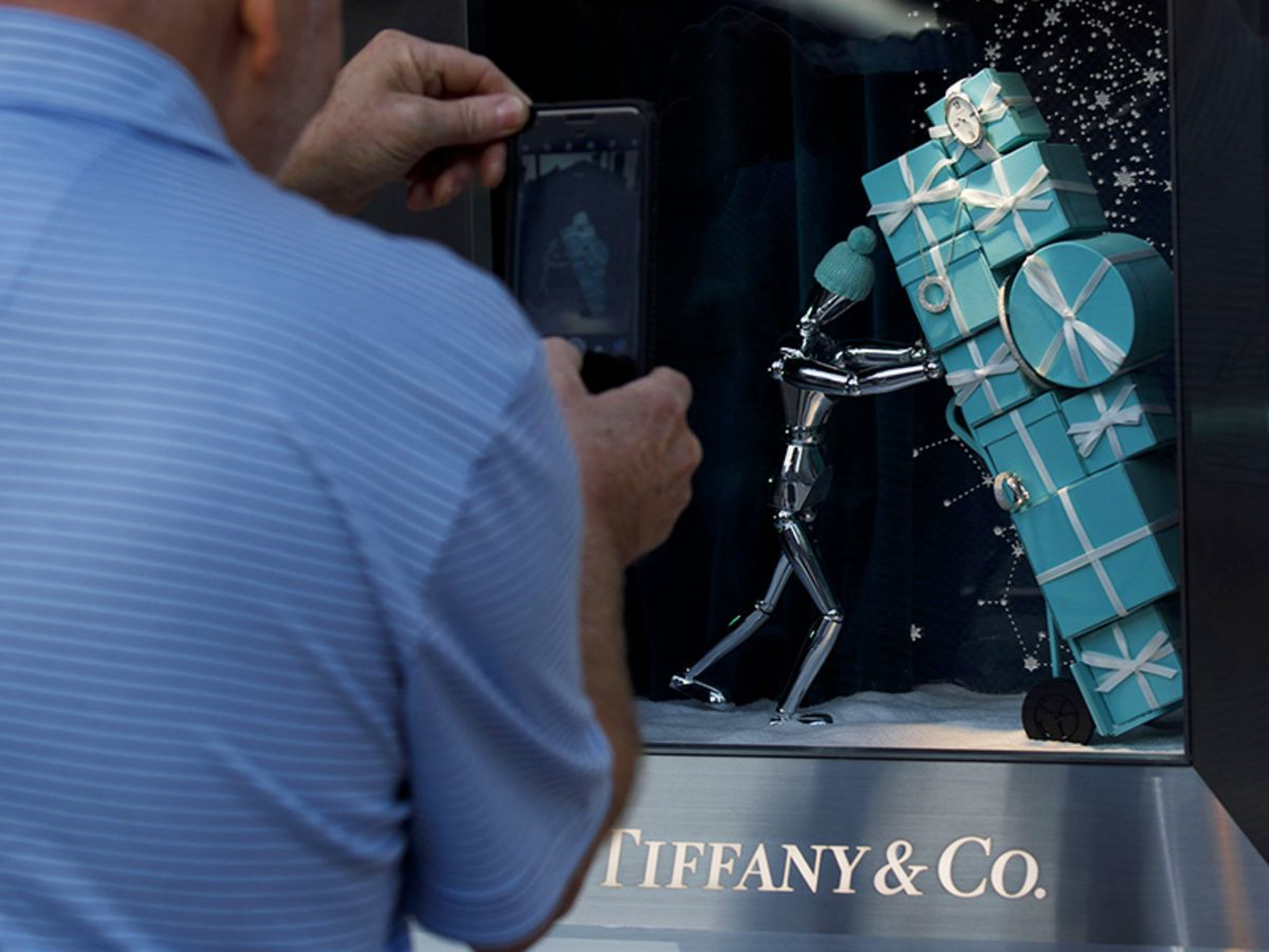 Tiffany's Sales Blow Away Estimates, Sending Shares Soaring