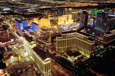Selling Las Vegas: How Macau Gamblers Are Lured to Sin City