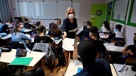 NYC, N.J. Mandate Teacher Shots; U.S. Deaths Climb: Virus Update