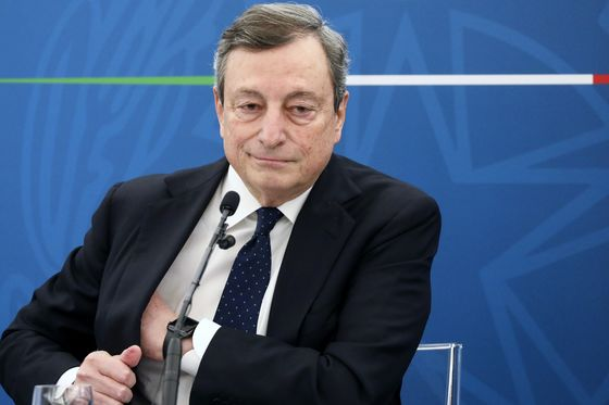Italy's Draghi Vows More Economic Stimulus, Faster Vaccinations