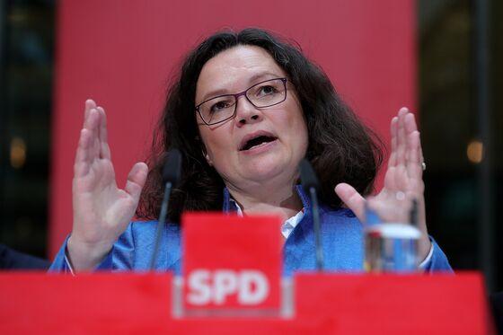 German SPD Leader Seeks to Stifle Chancellor-Candidate Debate