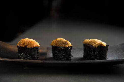 A flight of sea urchinat Sushi Nakazawa's new loungeincludes pieces from Maine, Santa Barbara, and Hokkaido.
