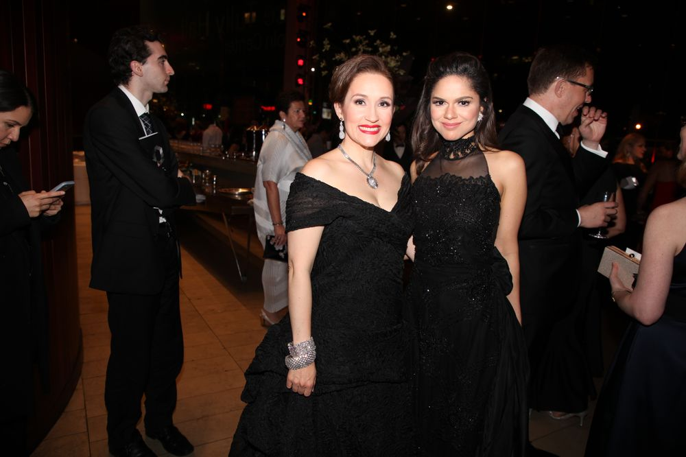 Game of Thrones Can Wait After Week of Billionaire-Studded Galas