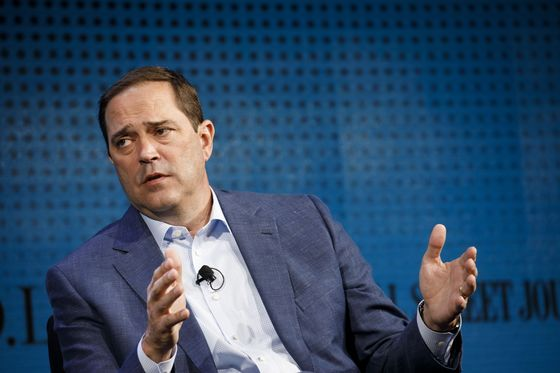 Cisco CEO Warns Higher Tariffs Will Force Companies to Cut R&D