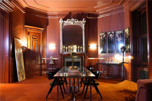 The moody dining room inApartment 46