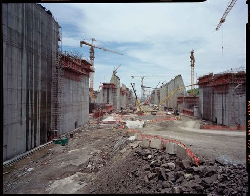 Construction on the Panama Canal's New Locks