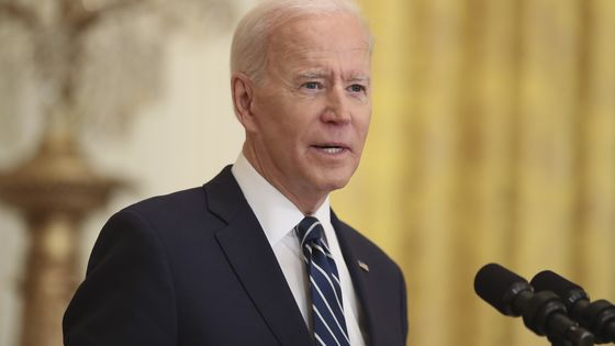 Biden in Talks With Mexico on Migrants, Expects to Stem Flow