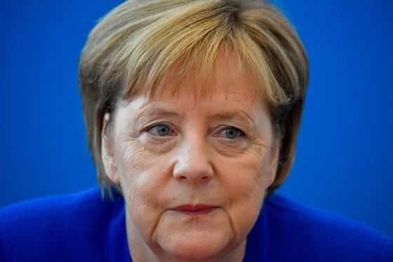 Judgment Day for Merkel's Bloc as Bavarian Rebels Seek a Way Out