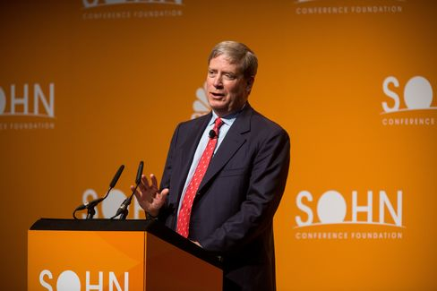 Stan Druckenmiller speaks at the Sohn Investment Conference.