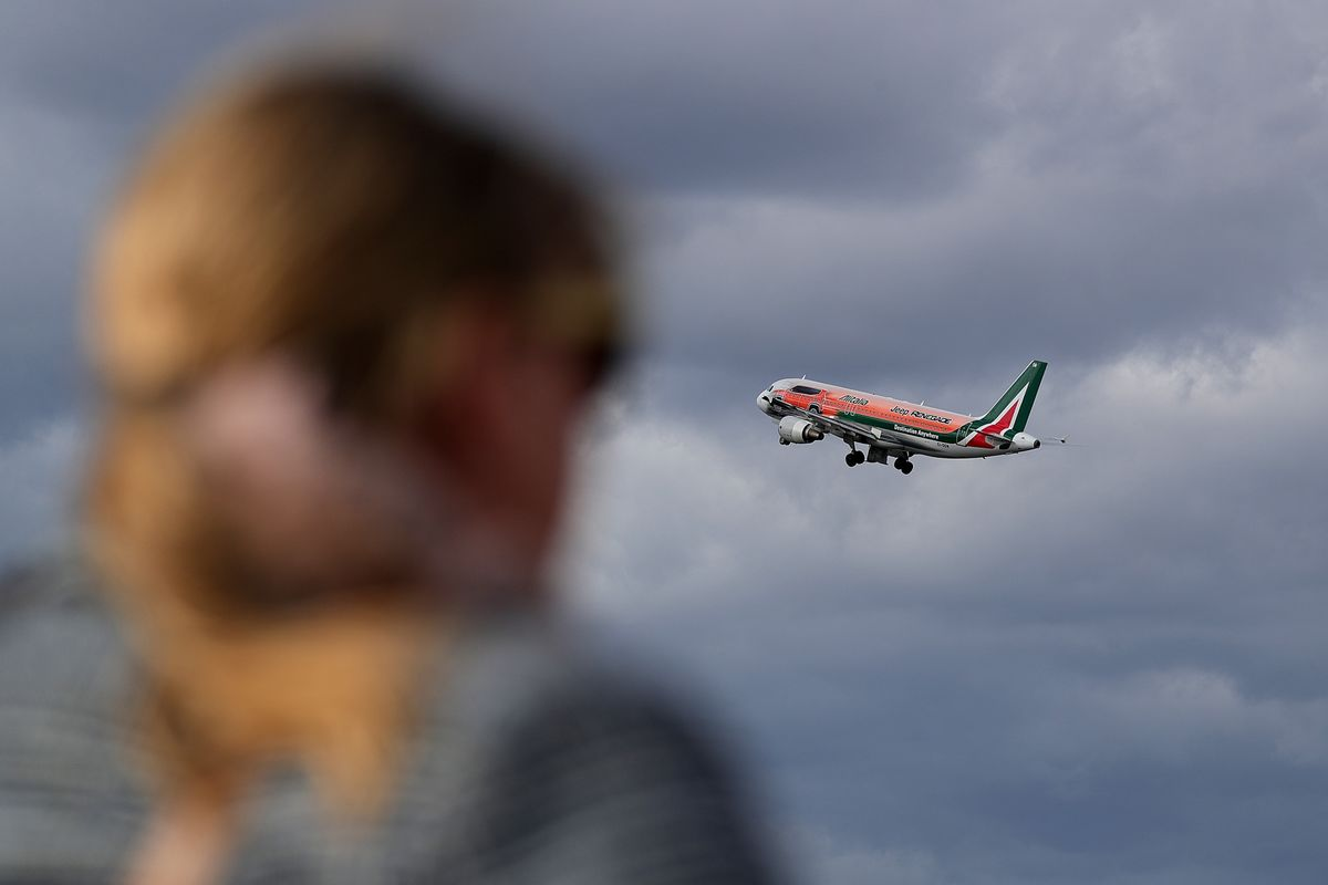 Alitalia Is Running Out of Cash and Italy Can't Help This Time