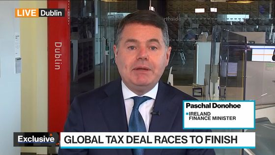 Global Tax Talks Race Against Clock as Holdouts Climb Down