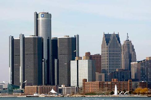 Detroit Companies Try to Sell Summer Interns on the City