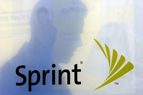 Sprint Tumbles After Report of $20 Billion Commitment