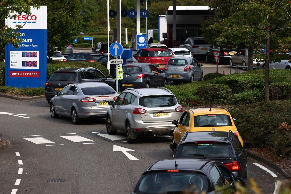 Uber Monitoring U.K. Fuel Shortage With Union Strike on Horizon