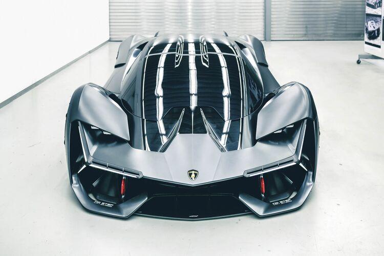 ランボルギーニ社「次世代車は車体がバッテリーになってるから、あと細かい傷は自動修復する」【画像】  [255920271]->画像>18枚