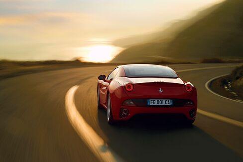 Hertz Wants You to Rent This Ferrari