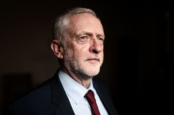 Corbyn Says Sorry for Labour's `Real' Antisemitism Problem