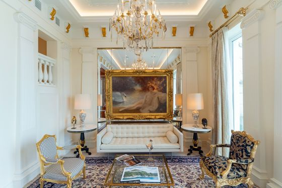These Luxury Hong Kong Homes Are Fully Furnished. All You Need Is $75 Million
