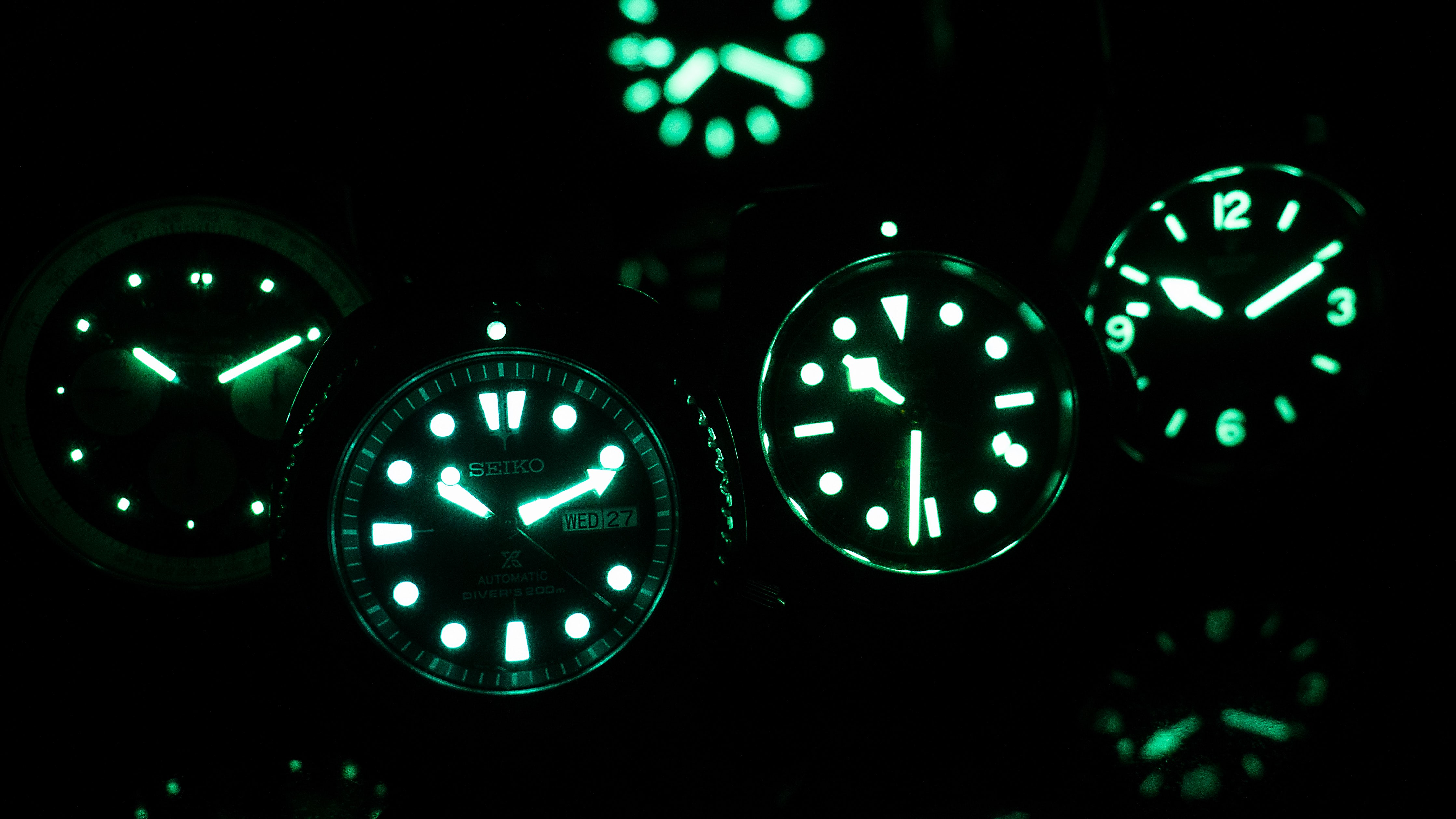 What Makes Luminous Watch Dials Glow, a Brief History of