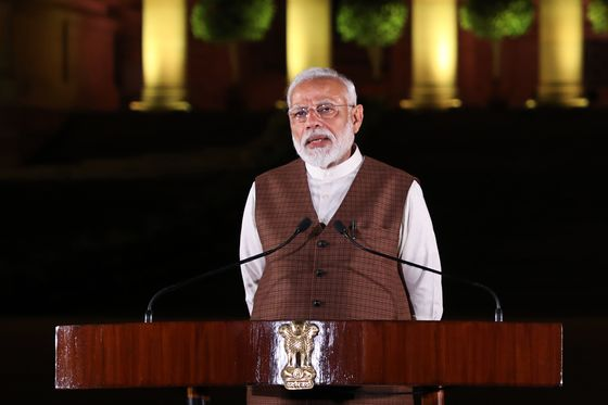 Modi Risks Losing Focus on Indian Economy as Protests Build