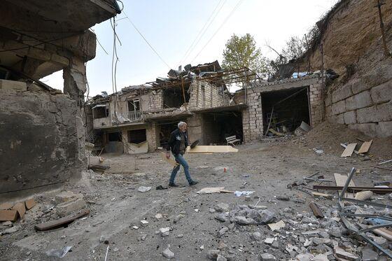 Putin Deal to End Karabakh War Brings Turkey to His Backyard