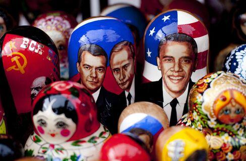 Obama, Medvedev and Putin on Matryoshka dolls