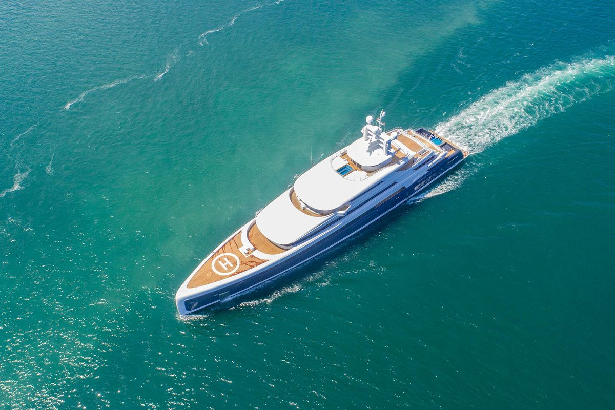 how to buy a yacht with cryptocurrency