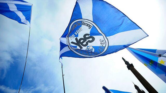Scotland Seeks Independence Vote in Shadow of Weaker Economy