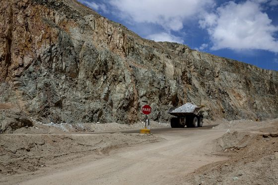 Cat Calling, Whistling and Groping Greet Women in Mines of Chile