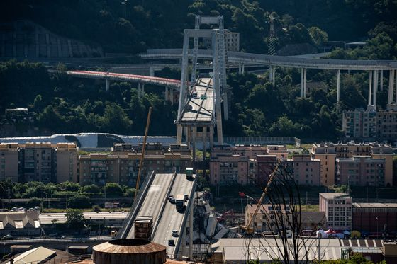 Italian Bridge Tragedy Adds to `Large' Claims at Swiss Re