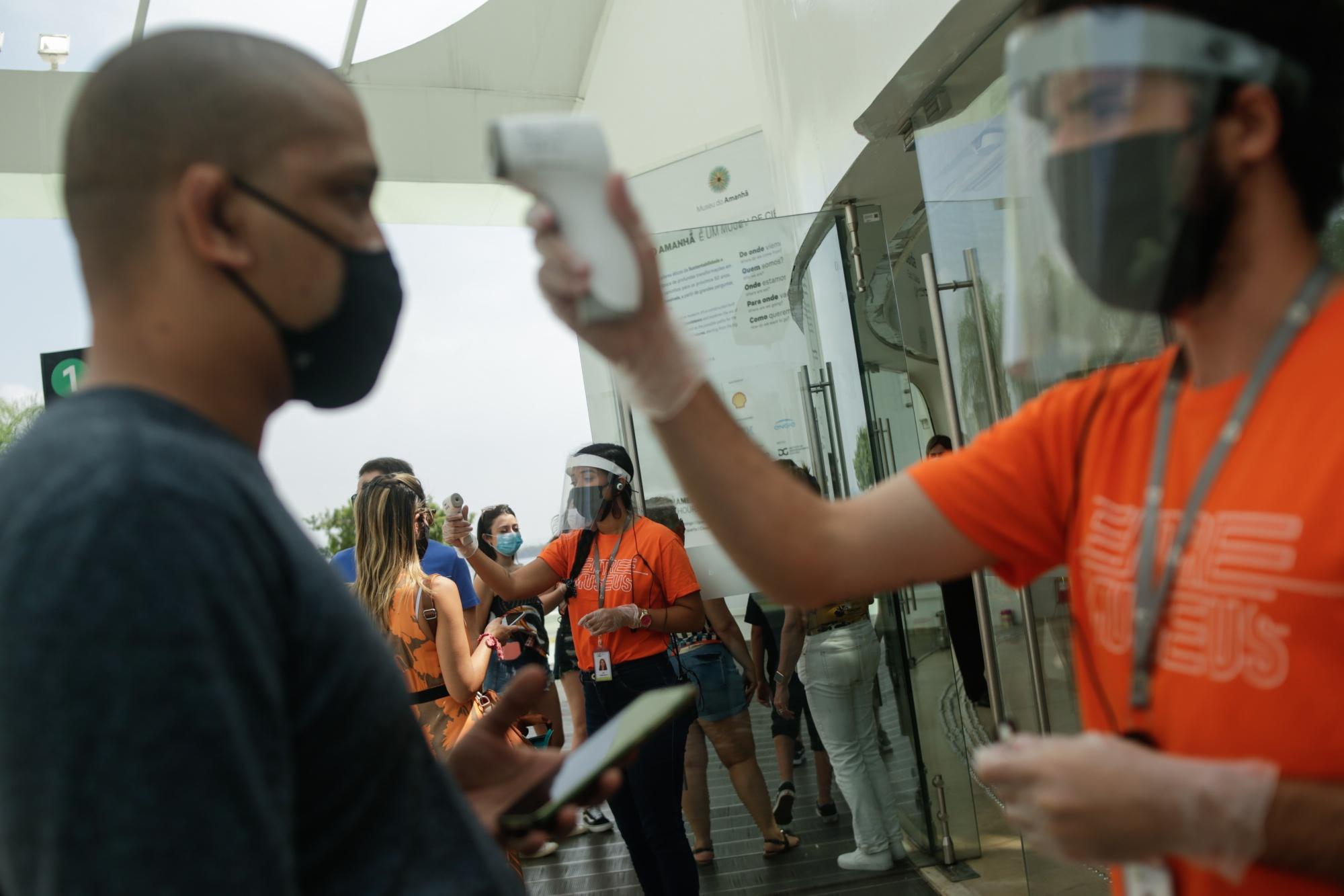The Museum of Tomorrow reopens as Brazil passes 4 million coronavirus cases