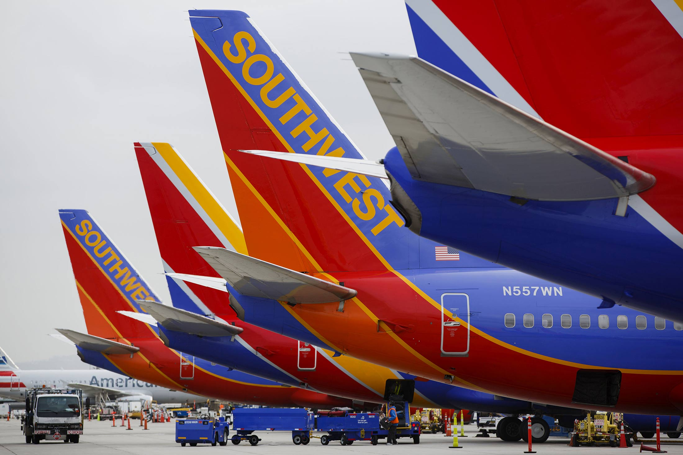Southwest technology problems cancel, delay flights