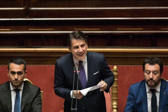 Italy's Populists Pass Budget After Weeks of Market Turmoil