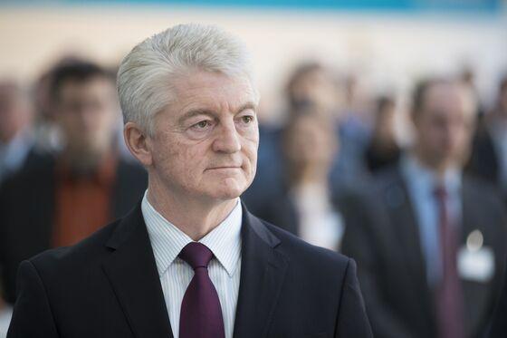 Thyssenkrupp Inches Toward Breakup as Top Leadership Departs