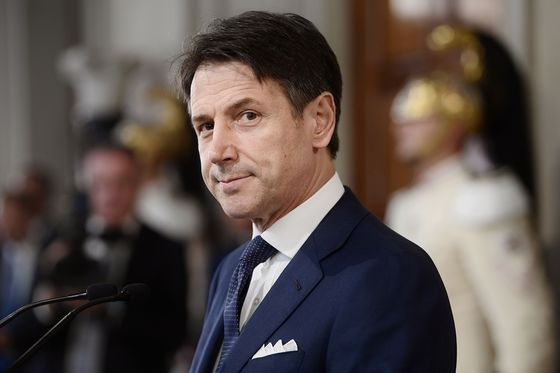 Conte Seeking Italian Budget Deal to Stamp Authority on Cabinet