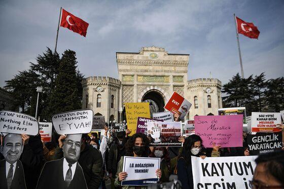 Erdogan Rivals See Hidden Agenda in New Vow to Overhaul Laws