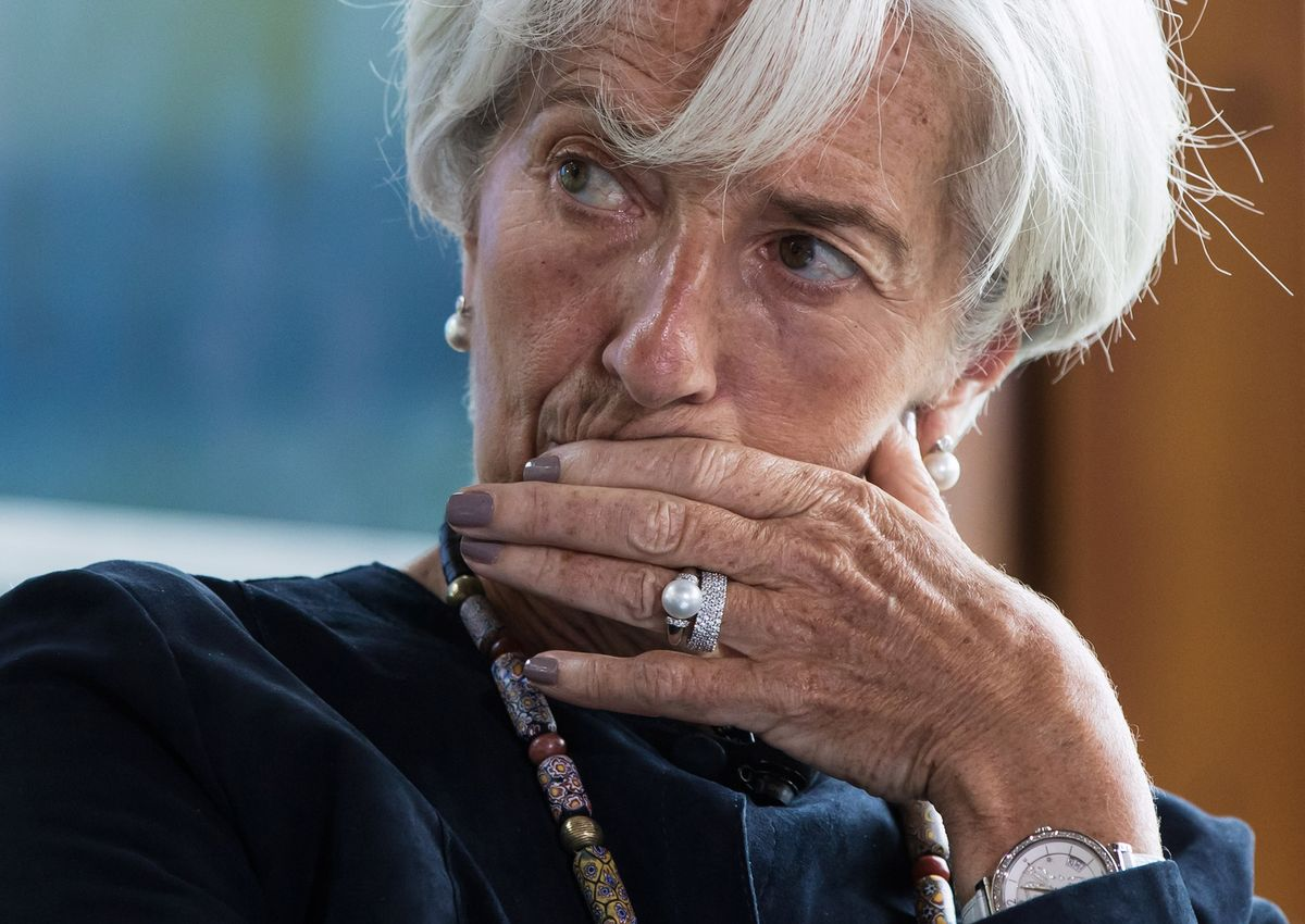 Lagarde Says Clouds Over Global Economy Are 'Darker by the Day'