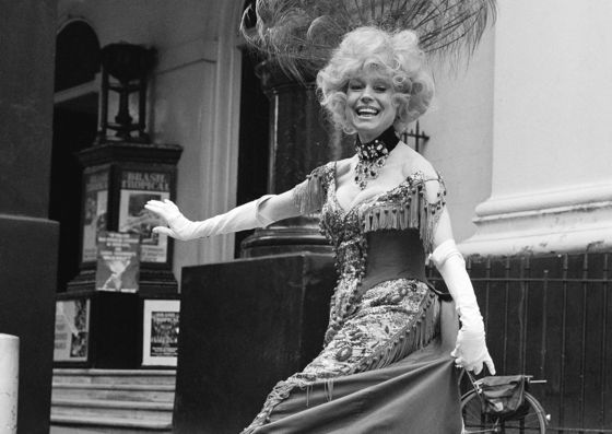 Carol Channing, Raspy-Voiced 'Dolly'of Broadway, Dies at 97