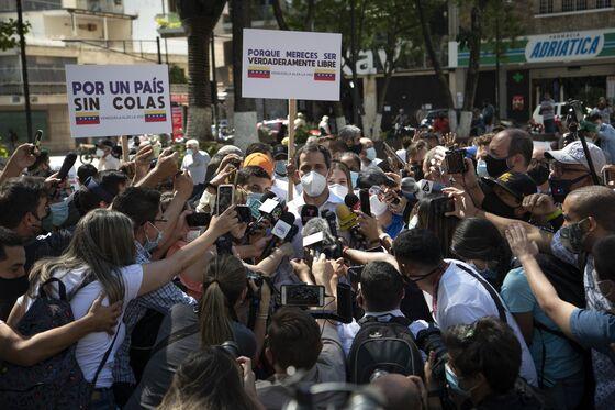 Venezuela Opposition Says 6.4 Million Took Part in Symbolic Vote