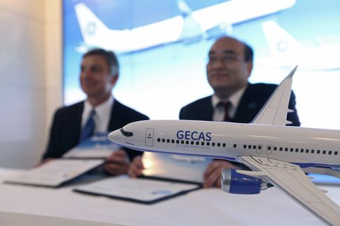 Boeing Wins Accords to Sell 120 Jets to GE Leasing Unit, Alafco