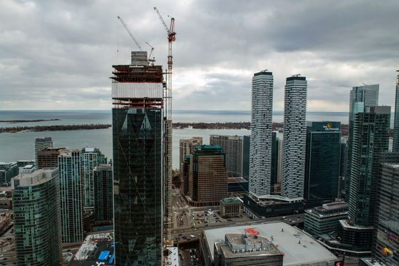 Construction 'Rock Stars' Rule in North America's Top Crane City