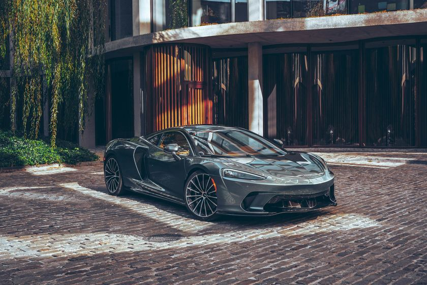relates to With its $210,000 GT, McLaren Bears Down on Bentley