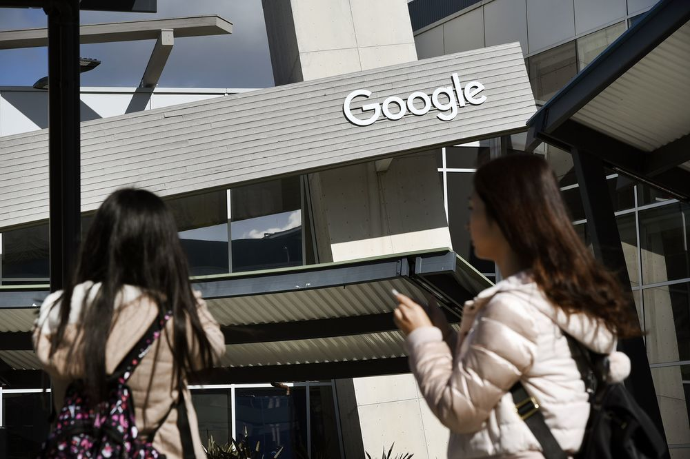 Google's Equal-Pay Claim for Women Comes With an Asterisk - Bloomberg