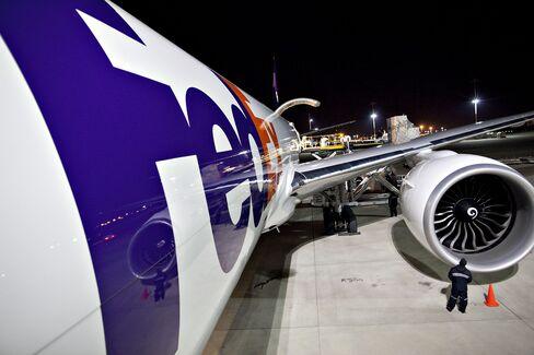 FedEx 2012 Profit May Top Estimates as Shipping Demand Gains