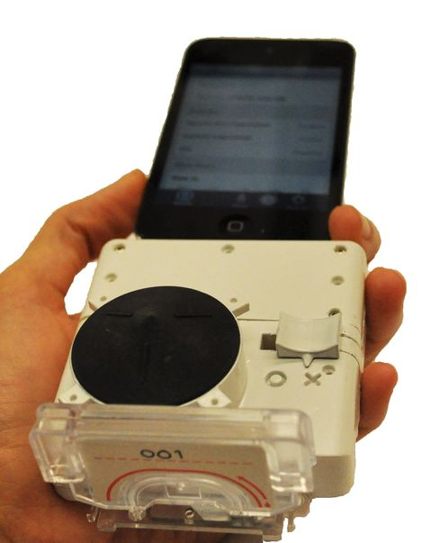 Microfluidic Cassette Attached to Smartphone