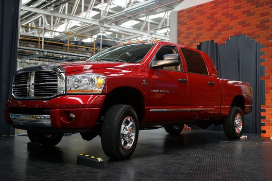Fiat Chrysler Reconsidering Ram Production Move That Trump Lauded